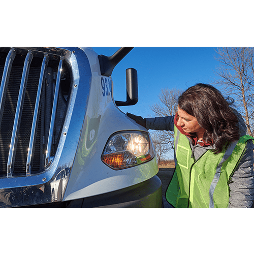 Safe and Smart CDL Class A Driver Training for Inexperienced Drivers: Vehicle Inspection Basics