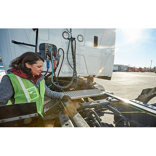Safe and Smart CDL Class A Driver Training for Inexperienced Drivers: Identifying Frame, Axle, and Suspension Defects